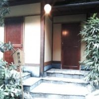 2017年 八王子 某料亭 トイレ入口ドア